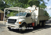 2001 F-750 Knuckle Boom 14ft Chip Truck