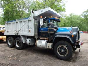 1983 Tandem Axle Mack RD688SX Dump Truck