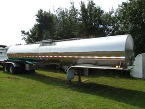 1994 Bar-Bel 103SM stainless steel tanker trailer