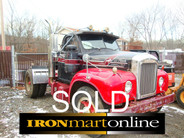 1962 B61 Single Axle Mack Tractor