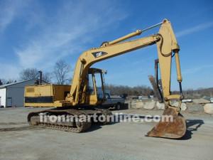 1985 Cat 215B Excavator