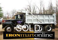 2000 Mack Tandem Dump Truck RD-688S