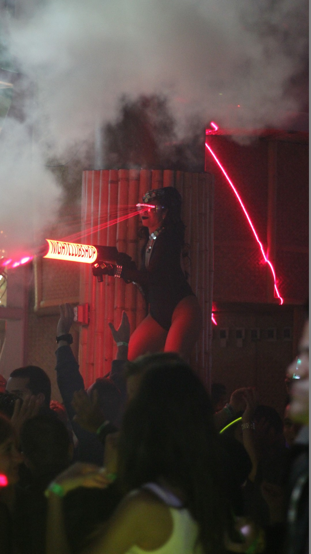 Co2 Guns And Party Cannons Nightclubshop Com