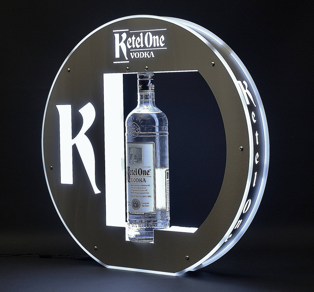 lunar-ketel-one-ciroc-led-bottle-ring-front-patron-bottle-presenter-bottle-service-vip-service-bottle-glorifier-nightclub-nightclubshop.jpg