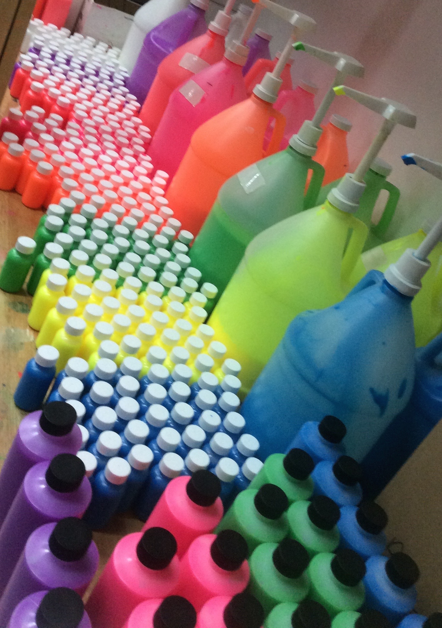 paint-party-glow-uv-paint-bottle.jpg