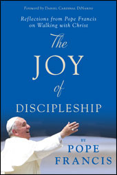 In The Joy of Discipleship, Pope Francis reminds us that joy should be one of the defining characteristics of any person who has truly encountered Jesus. This skillfully curated collection of homilies, speeches, and other documents from Pope Francis, compiled and edited by James P. Campbell, offers a fresh perspective on why Christian disciples should be so joyful in the first place and how that joy might manifest itself in our individual daily lives. Covering a broad range of themes—Christ's Resurrection, mercy, wealth and poverty, the Christian family, and more—The Joy of Discipleship moves us to meditate on Christ and then inspires us to move out from our own four walls, jubilantly proclaiming God's transforming love in word and deed.  For anyone who wants what Pope Francis has—an active, abiding, authentic love for Jesus Christ, for the Church, and for the people of this world—The Joy of Discipleship will point the way.
