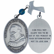 """Pocket token """"Pray, Hope and Don't Worry"""" on front. Backof token says: """" God will not allow you to be lost if you persist in your determination not to lose him""""."""