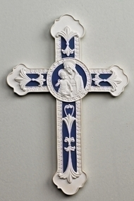 "8"" Della Robbia Wall Cross with Madonna & Child. 9""H x 6""W x 0.375""D"