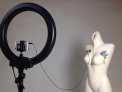 "Original Diva 18"" Fluorescent Ring Light Kit - w/ Dimmer + 7' Stellar Stand + Lavalier Microphone"