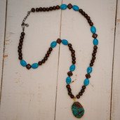 Agate cabachon pendant long wood bead and turquoise necklace