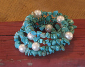 Memory wire bracelet-turquoise and pearl