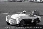 57436 - J. Roxburgh Austin Healey 100S - Fishermen s Bend 16th June 1957 - Photographer Peter D Abbs