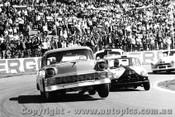 66082 - B. Warner Chevrolet V8 / J. Leffler Mini - Oran Park 1966 - Photographer Lance J Ruting
