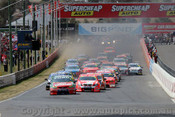 207700 - The Start of the Bathurst 1000 - 2007 - Front row  Winterbottom BF Falcon - Skaife VE Commodore - Tander VE Commodore  - Photographer Craig Clifford