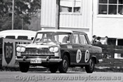 65742 - Fred Otten & Mick Crampton Fiat 2300   Bathurst 1965 - Photographer Lance J Ruting