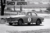 65762 - Bill Ford & Des West  Volvo122s  Bathurst 1965 - Photographer Lance J Ruting