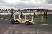 67592 - Frank Gardner Repco Brabham - 26th February 1967 - Sandown Tasman Series - Photographer Peter D Abbs