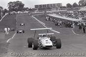 69590 - R. Levis - Brabham - Sandown 16th February 1969 - Photographer Peter D Abbs