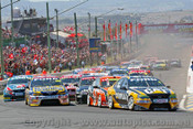 206700 - The Start of the Supercheap Auto 1000 - Bathurst 2006