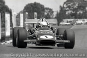 69611 - Frank Matich - McLaren M10B - Sandown  1969 - Photographer Peter D Abbs