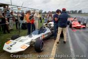 72652 - M. Hailwood Surtees TS8/11 Chev 1972 Tasman Series Warwick Farm - Photographer Lance J Ruting