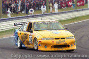 97764 - C. SMERDON / C. COX - Commodore VS - Bathurst 1997 - Photographer Ray Simpson
