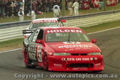 97798 - J. TRIMBOLE / T. MEZERA - Commodore VS - Bathurst 1997 - Photographer Ray Simpson