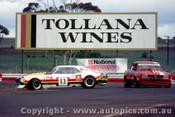 81053 - D. Jarrett Chev Camaro & K. Youlden Ford Cortina - Calder 1981 - Photographer Peter D Abbs