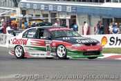 98727 - L. PERKINS / R. INGALL - Commodore VT - Bathurst 1998 - Photographer Marshall Cass