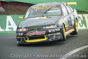 98747 - M. ROSE / A. McCARTHY- Commodore VS - Bathurst 1998 - Photographer Marshall Cass