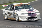 98774 - I. PALMER / D. BENINCA / D. PALMER - Commodore VS - Bathurst 1998 - Photographer Marshall Cass