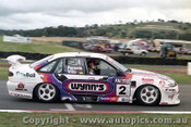 98801 - D. PARSONS / S. WILLS /  D. HOSSACK - Commodore VS - Bathurst 1998 - Photographer Marshall Cass