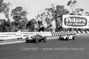 62546 - Bryan Thomson, Cooper & A. Hyslop, Cooper - Sandown 1962 - Photographer Peter DAbbs