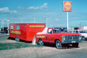 76070 - Jim Richards, Sidcrome  Mustang Transporter  - Adelaide 1976  - Photographer Peter Green