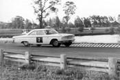 64103 - G. Baillie, Ford Galaxie - Warwick Farm 1964