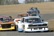 82071 - Laurie Hazelton, Ford Capri & John Studwick Ford Escort - Oran Park  1982  - Photographer Lance Ruting