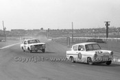 65075 - Brian Sampson Ford Anglia / John Pebbles Ford Mustang  - Sandown 26th September 1965- Photographer Peter D'Abbs