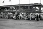 60754 - G. Spanos / L. Taylor  & B. Gurdon / C. Miller - Austin Lancer  - Armstrong 500 Phillip Island 1960 - Photographer Peter D'Abbs