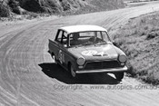 65767 - H. Firth / J. Reaburn - Cortina 220 -  Bathurst 1965 - Photographer Lance J Ruting