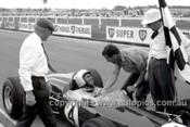 65545 - Jack Brabham,  Brabham - Sandown Tasman Series   21st February 1965  - Photographer Peter D'Abbs
