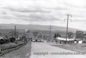 64700  - The starting grid Bathurst 1964 - Photographer Lance Ruting