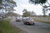 63708 - Les Park & Fred Sutherland, Renault Gordini - Barry Ferguson & Bill Ford, Volkswagen - Tony Hill & Frank Kleinig, Morris 850 - Barry Steon & Herb Taylor, Morris 850 - R. Tresise & A. Andrews, VW - Armstrong 500 Bathurst 1963 - Photographer