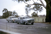 63710 - Ian Grant & Trevor Marden - Keven Bartlett & Bill Reynolds, Holden EH S4 179 - Armstrong 500 Bathurst 1963 - Photographer Ian Thorn