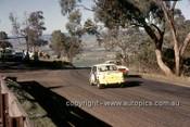 65779 - Lindsay Little & Stan Pomroy, Morris Cooper S - Armstrong 500 Bathurst 1965 - Photographer Ian Thorn