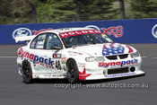 201746 - J. Faulkner & P. Doulman, Holden Commodore VT - Bathurst 2001 - Photographer  Marshall Cass
