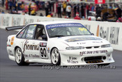 201787 - R. Shaw & M. Conway, Holden Commodore VS - Bathurst 2001 - Photographer  Marshall Cass