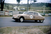 620003 - W. Buckle & B. Foley, Citroen ID19 - Bathurst Six Hour Classic - 30th September 1962 - Photographer Bruce Wells.