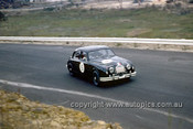 620052 -  Ian (Pete) Geoghegan, Jaguar - Catalina Park Katoomba  1962 - Photographer Bruce Wells.