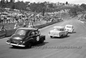 630004 -  Des West / Bruce McPhee / Barry Seton, Holdens FX & FE - Catalina Park Katoomba  1963 - Photographer Bruce Wells.