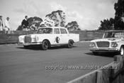 630009 -  Bary Seton, Mercedes 220SE - Catalina Park Katoomba  1963 - Photographer Bruce Wells.